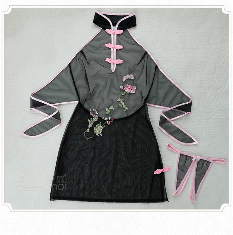 霏慕露背古典刺绣旗袍装 黑色